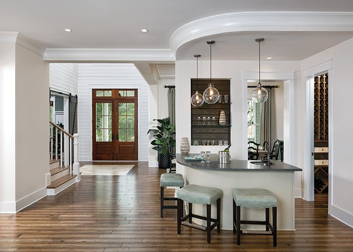Port Royale   Wet Bar And Foyer