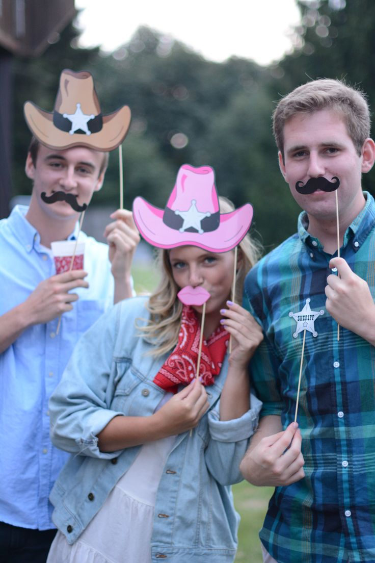 215 best photo booth images on pinterest birthdays fiesta photo booth at hoedown party country bbq solutioingenieria Choice Image