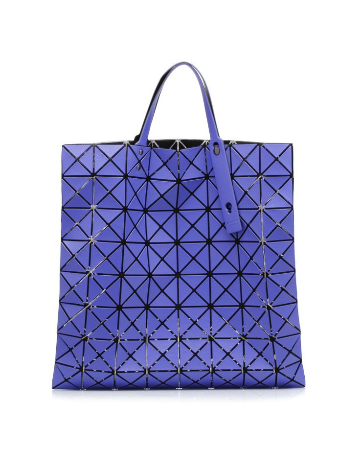 Bag formed by triangles wheel by @Lamia BAO ISSEY MIYAKE