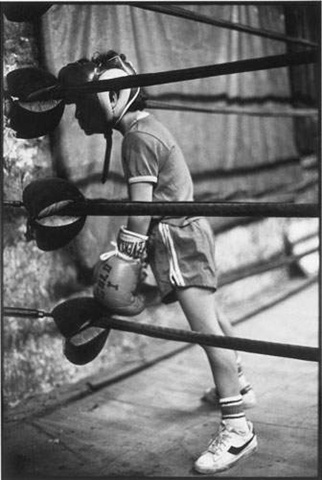 carlos during a sparring match between the 2nd and the 3rd rounds, harlem, nyc, 1981 • martine barrat