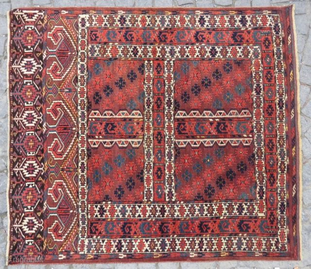 Turkoman Engsi rug wonderful colors and excellent condition all original size 1,66 x 1,47 cm and  Circa 1890 or 1900