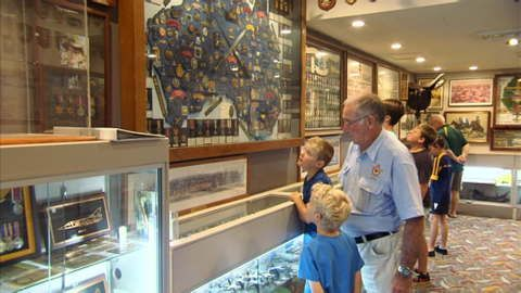 A museum meets a restaurant at Ballina RSL. Tuck into a delicious meal at The Boardwalk, The River Cafe or Rinks Restaurant. Plus check out the RSL Sub-Branch Museum on their ground floor. It's chock-a-block with military memorabilia. #NSW #LegendaryPacificCoast #ANZAC #military