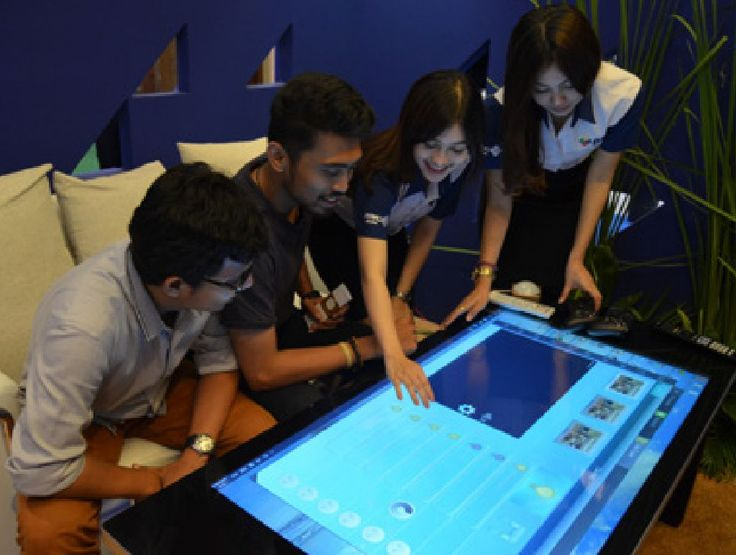 Fitur Interactive New Media, pertama di #Indonesia dari inovasi Smart Home MNC Play Media  Produk itu memungkinkan pelanggan untuk memantau aktivasi di rumah melalui CCTV yang terkoneksi di gadget yang dimiliki, menyalakan dan mematikan produk elektronik di rumah, seperti: TV, AC, Lampu, dan produk elektronik lainnya hanya dengan menekan tombol di software yang sudah terpasang di gadget pribadi pelanggan. Bahkan hanya dengan menggunakan suara pelanggan....  Baca liputan selengkapnya di…