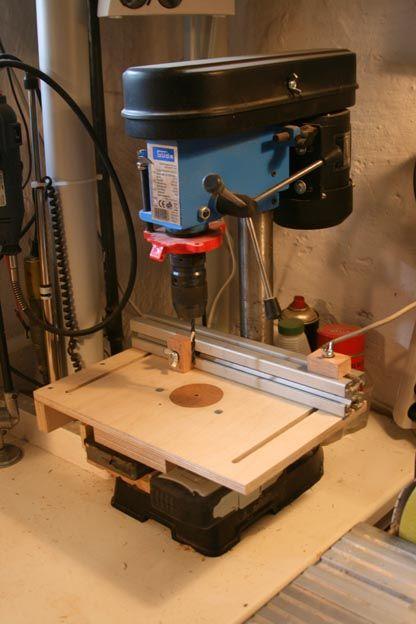 Table pour perceuse à colonne avec rail alu, profil de type Elcom ou Bosch