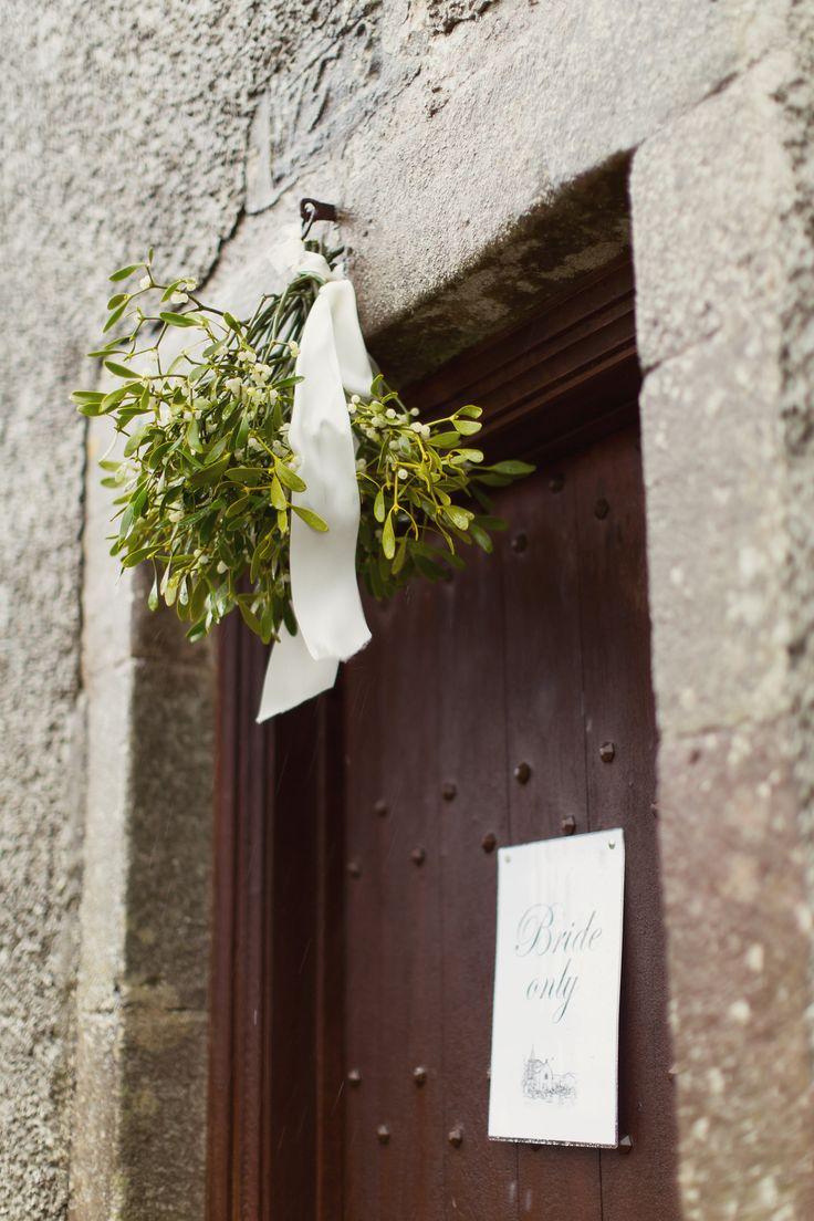 Winter Wedding - Mistletoe - Church entrance