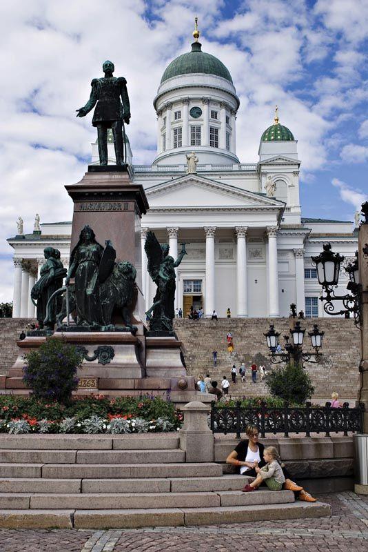 Helsinki, Finland Statue