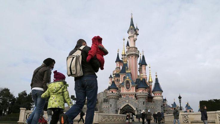 Detenido con 2 armas de fuego y el Corán a la entrada de Disneyland París
