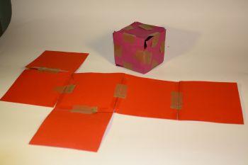 Esempio dei materiali usati per lo studio degli sviluppi del cubo