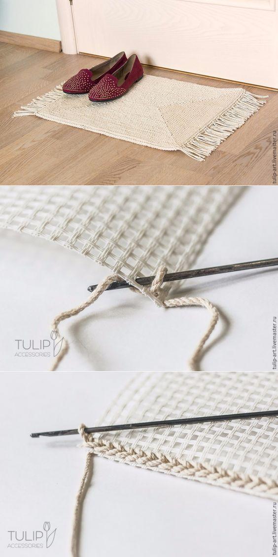 Tapete de crochê na talagarça