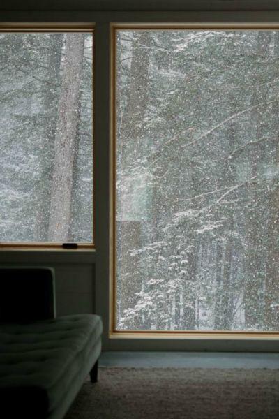 Offenes fenster im winter  Die besten 25+ Bett zwischen den Fenstern Ideen auf Pinterest ...