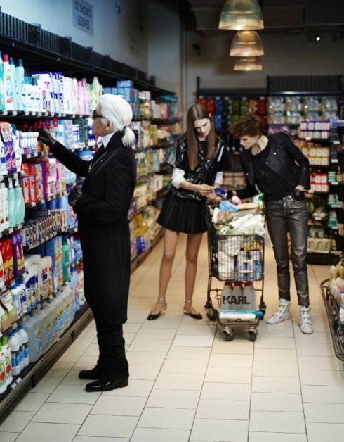 karlChanel, Grocery Shops, Fashion, Real Life, Karl Lagerfeld, Shopping, People, Grocery Stores, Karl Lagerfeld