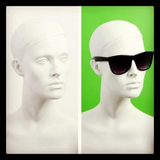 @perveyewear | #UpdateYourFace #perveyewear #pervsunglasses #sunglasses #coolfashionsunglasses |