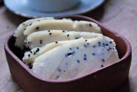Kolay Ev Yapımı Peynir ve Peynir Altı Suyu