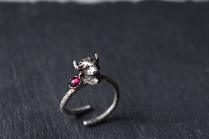 Excited to share the latest addition to my #etsy shop: Silver buffalo ring-Animal ring-Garnet ring-Animal Jewelry -Gemstone ring-Sterling silver ring for her-Birthstone jewelry-Gift for her