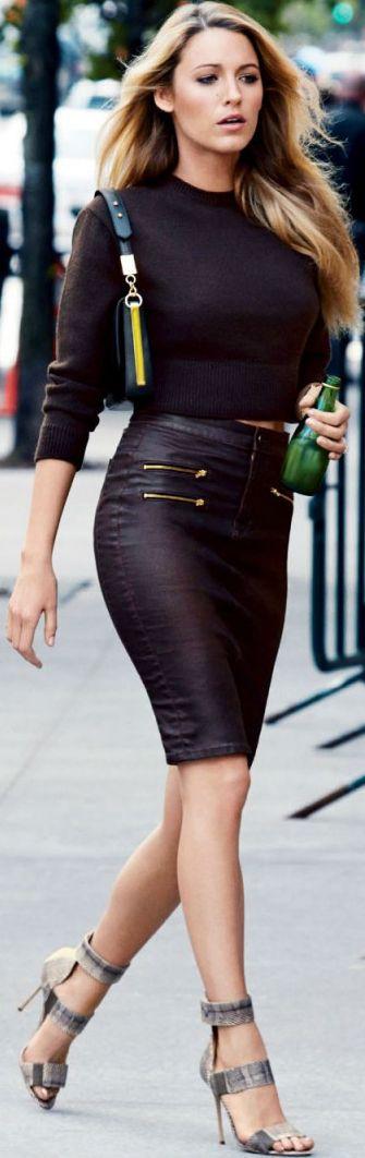 Black lively high waisted skirt