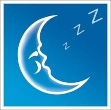 Slapeloosheid en slapeloosheid tips, een artikel dat aandacht wil besteden aan slapen, slapeloosheid en slapeloosheid tips om verbetering van het slaappatroon te bewerkstellen. Niet alle mensen hebben evenveel behoefte aan slaap dit kan verschillen van 4 tot 10 uur per nacht. Bij oudere mensen word de behoefte aan slaap minder omdat hun lichaamsprocessen langzamer verlopen en ook hun herstelperiode minder lang is. Bij ziekte en stress is de behoefte aan slaap juist groter.