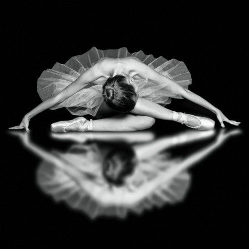 —Unknown: Dance Photography, Ballet Dancers, Dance Pictures, Ballerinas, Beautiful, Black White, Mirror Image, Ballet Photography, Tiny Dancers