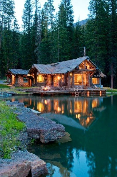 I totally love this house! I love how it is lite up and it looks so pretty especially with the lake and the lake it makes a beautiful background: Dreams Cabins, My Dreams Home, Dreams Houses, Lakes Houses, Log Cabins, Cottages, Places, Big Sky Montana, Logs Cabins