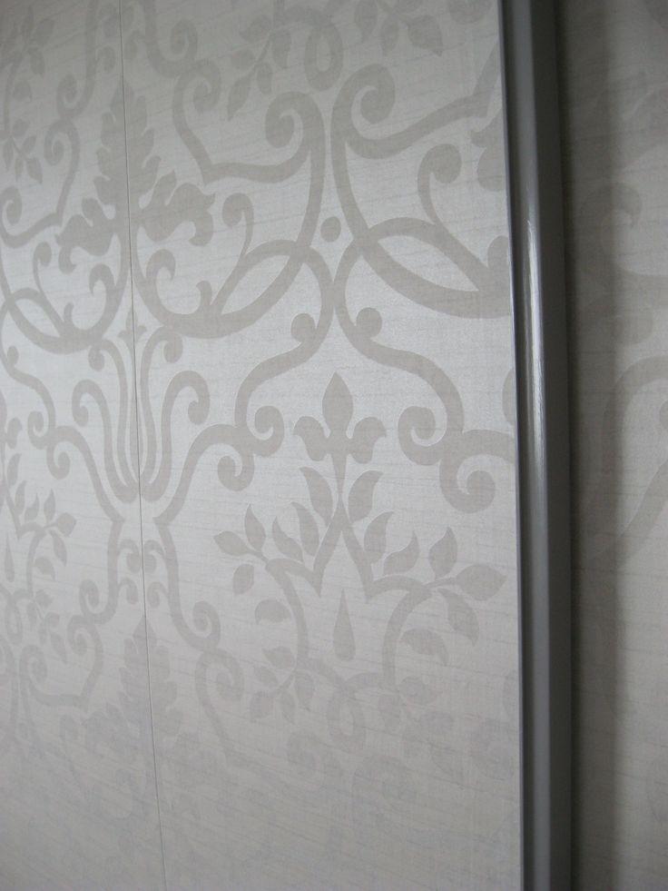 25 best ideas about mirrored sliding closet doors on