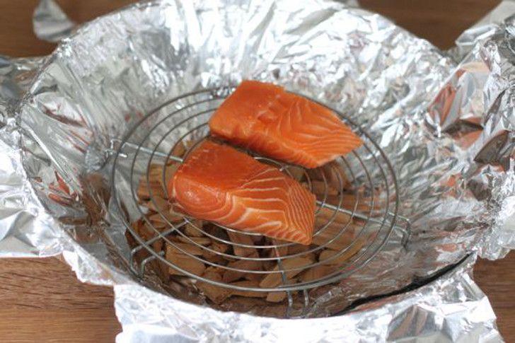 DIY camping fish smoker