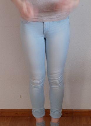Kaufe meinen Artikel bei #Kleiderkreisel http://www.kleiderkreisel.de/damenmode/jeans/132292568-helle-jeans-von-hollister