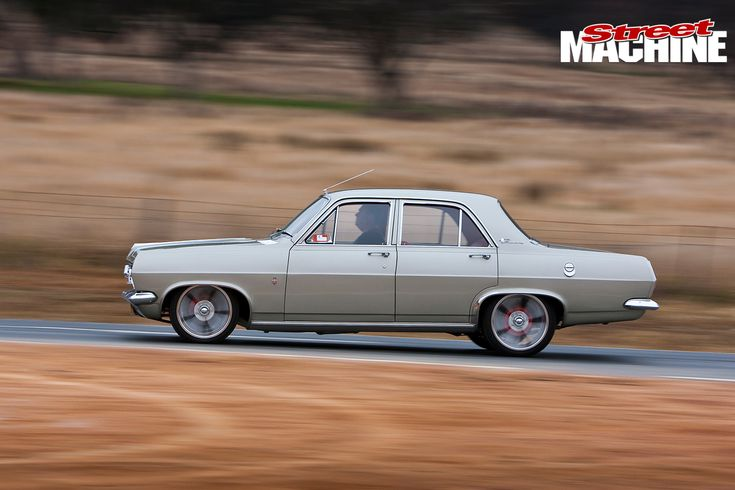 HR-Holden -side