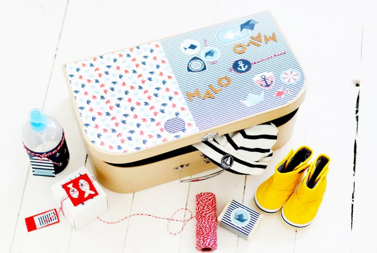 tuto valise cadeau de naissance cadeaux de naissance valise en carton et papiers cr atifs. Black Bedroom Furniture Sets. Home Design Ideas