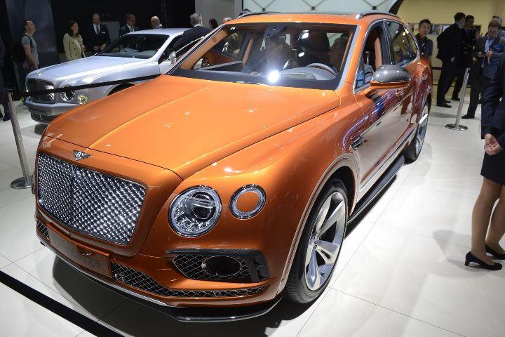 #Bentley #Bentayga, #Boss #Car #Ferrari #488 #Spider #Coupe's luxuryvolt#NEW #ROLLSROYCE #dawn WWW.LUXURYVOLT.COM #Awesomecar #bluecar #rollsroycenew #luxurycars #richkidsofinstagram #supercars #beyoncestyle #luxurylife #goodlife #luxurystyle WWW.LUXURYVOLT.COM #speed #richgang #swag #poshparties #expensivecars #audiophile #carshow #ceolifestyle #carswithoutlimits #bornrichclub #bosslife #luxury #newcars #iaa #iaaf
