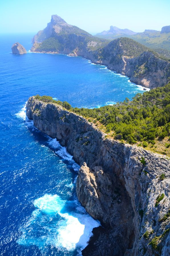 Coastal Scenery of Cap de Formentor. Mallorca (#spain ). http://reversehomesickness.com/europe/coastal-areas-in-europe/