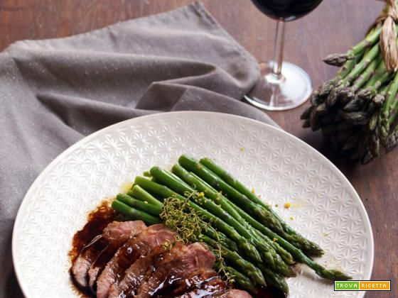 Petto d'anatra glassato all'aceto balsamico di Modena e miele di bosco  #ricette #food #recipes