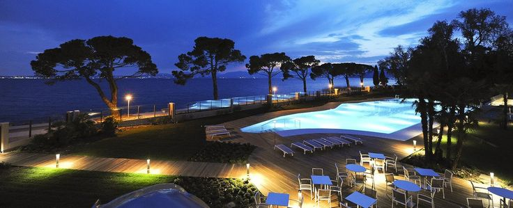 A fabulous #business #travel in #Italy with an amazing #swiming #pool? Hotel Corte Valier -#Lazise, #lake #Garda