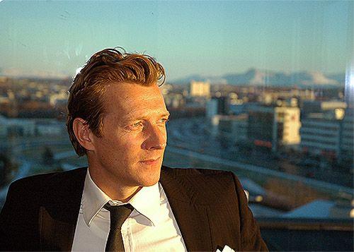Magnus Scheving in suit