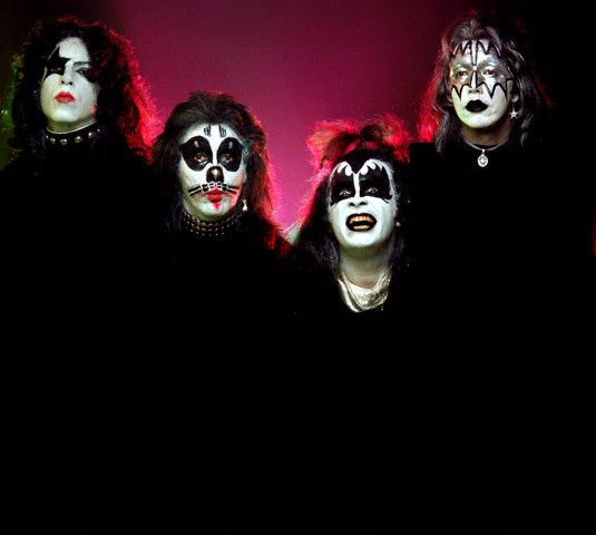 Kiss Band Members With Makeup: Circa 1973 — Kiss Band Members Applied