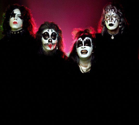 Kiss Demon Makeup: 1000+ Ideas About Gene Simmons Makeup On Pinterest