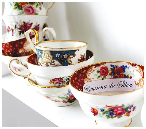 China Porcelain Cups used to announce the winner of the very first promo.