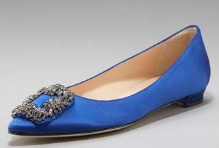Flat Manolo Blahnik's. So Carrie Bradshaw, if Carrie Bradshaw were tall like me. If only I could afford them...