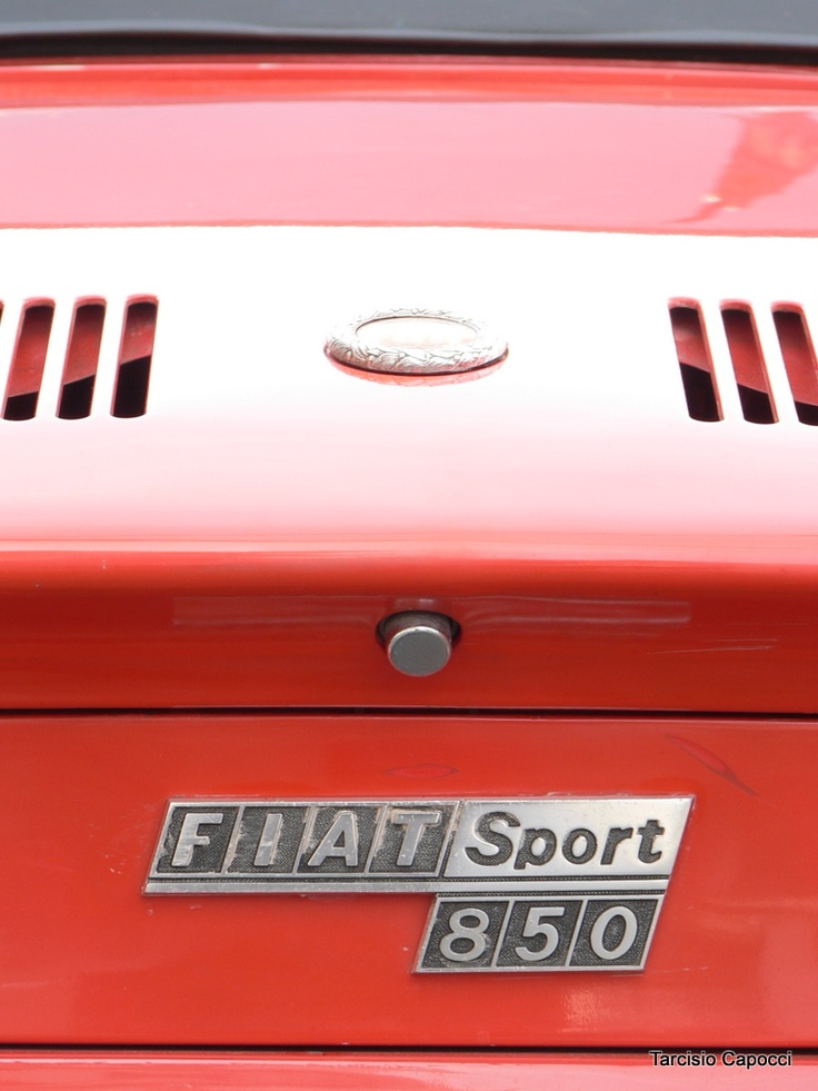 I had a Fiat 850 Sport Spider back in high school. Wish I knew how to work on it back then.