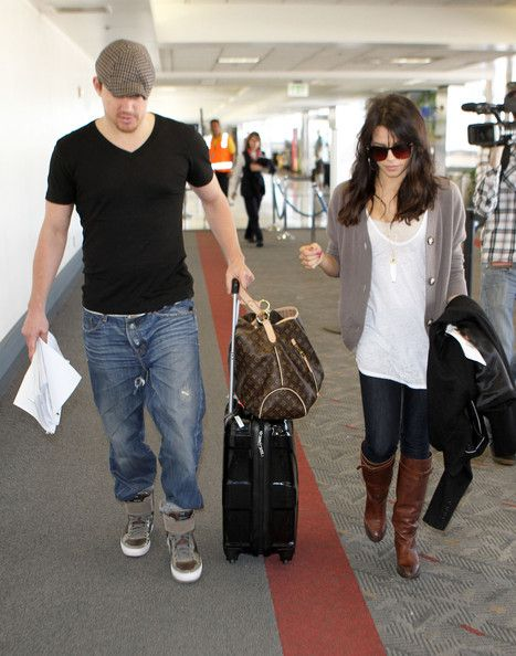 My boots  Channing Tatum and Jenna Dewan-Tatum Photo - Channing Tatum & Wife Catching A Flight At LAX Airport