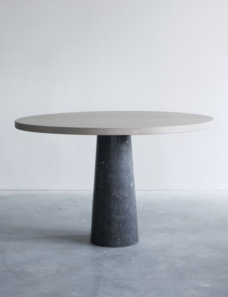 Stone tafel with Belgium Blue limestone base