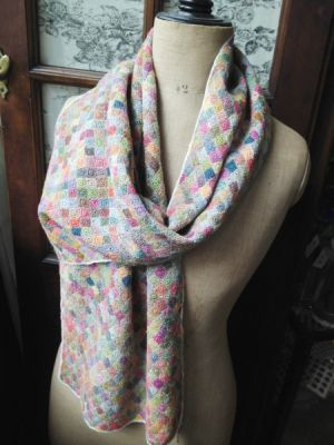 Luccello - SOPHIE DIGARD CROCHET SCARF 37