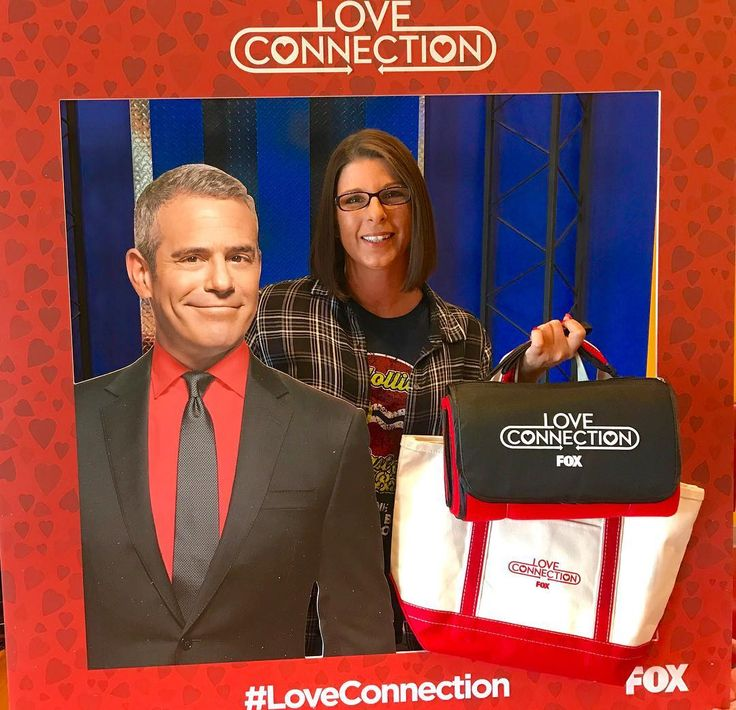 Melissa Miller won this prize pack from FOX 2 courtesy of @loveconnectionfox. Watch #loveconnection Thurs 8pm