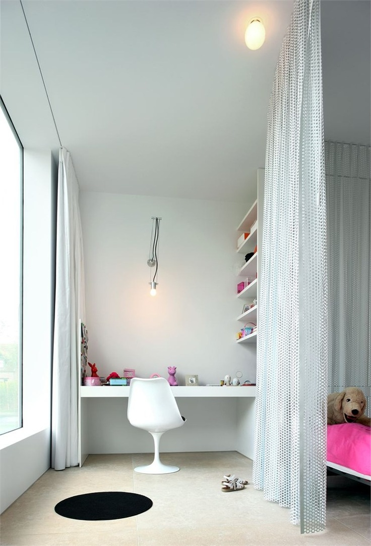 Villa V in T, Flanders, 2006 http://bit.ly/xVQ6M9 #archilovers #architecture #chidren #baby