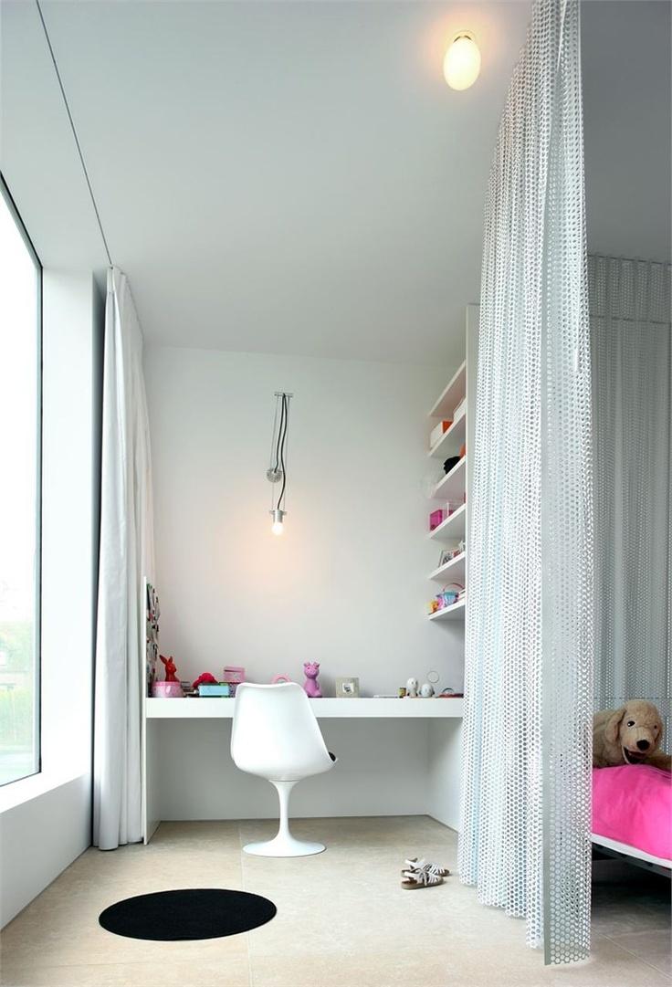 Villa V in T, Flanders, 2006 http://bit.ly/xVQ6M9 #archilovers #architecture #chidren #baby
