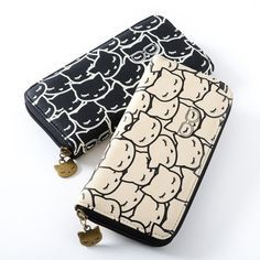 Put a cat design on anything and it wil sell, at least to cat lovers. Osumashi cat wallets - a perfect gift for cat lovers