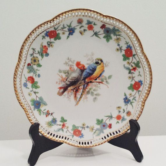 german plate with parrots bavaria schumann arzberg. Black Bedroom Furniture Sets. Home Design Ideas
