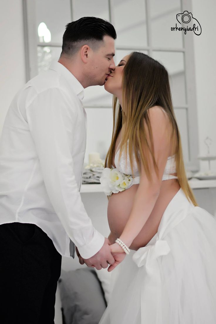 couple photography pair ootd outfit fashion glamour divat trend black white budapest girl boy woman men shirt skirt studio mother father wife husband marriage baby pregnant pregnancy maternity elegance