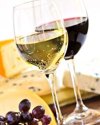 20 Wine Pairings to Try Before You Die ~ hmmm, not sure all of them sound appealing but what the heck