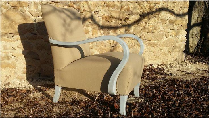 Kényelmes art deco stílusú fotel shabby chic köntösben