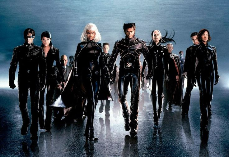 Famke Janssen, Halle Berry, Alan Cumming, Anna Paquin, Patrick Stewart, Kelly Hu, James Marsden, Ian McKellen, Rebecca Romijn, Shawn Ashmore, Hugh Jackman, and Aaron Stanford in X2 (2003)