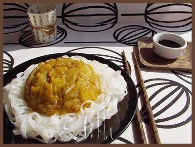 VINETE IN SOS CHINEZESC- Reteta Maneki neko Ne trebuie: 500 g vinete ulei pentru prajit 5 catei de usturoi ardei iute 10 ml sos de soia 30 ml vin alb demisec 80 ml supa 1 lingurita